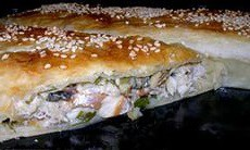 Слоеный пирог со скумбрией