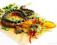 Салат «Дракон» из морепродуктов